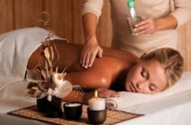 Die richtige Massageöl für entspannende Handbewegungen